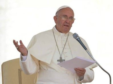 pope-francis-paper-getty-640x480