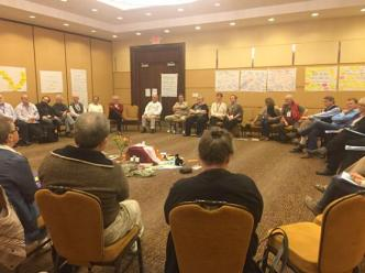 discussion20at20international20conference20of20priest20and20reform20groups2028photo20by20amanda20fenton29