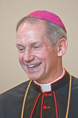 bishop_thomas_j_paprocki